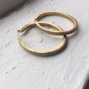 Jewelry - SALE 🔥 Gold and turquoise hoops